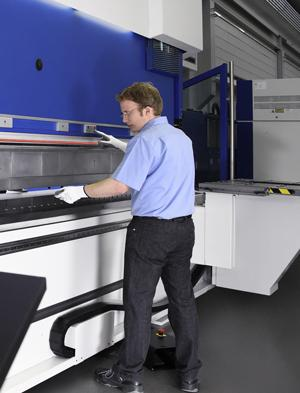 Shrinking Volumes Focus Cost-Cutting on Press Brakes