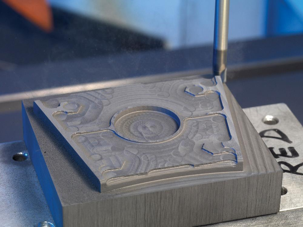 The Die/Mould Dilemma: Milling Graphite
