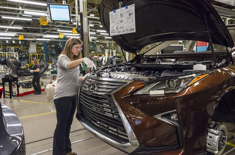 Build A Toyota >> Toyota To Build Top Selling Suv In Canada